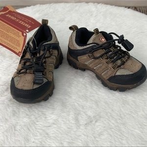 Swiss Gear toddler apex shoes
